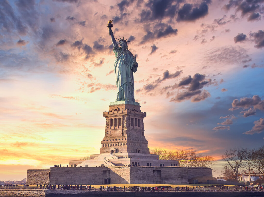 miss-liberty-sunset-new-york-city-usa