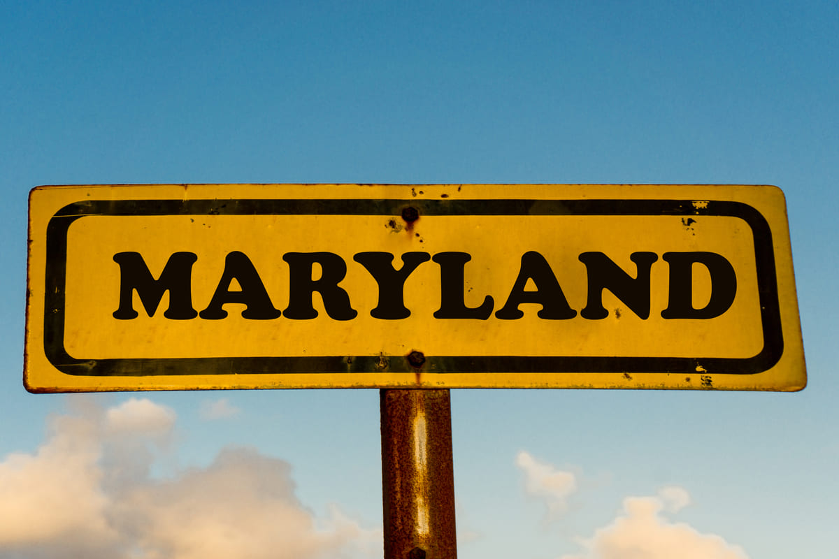maryland-state-old-yellow-sign